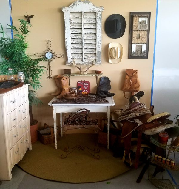 SWEET-PICKINS-CAPE-CORAL-BOOTH-COWBOY