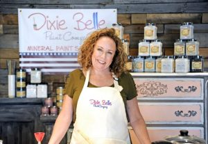 DIXIE-BELLE-PAINT-SWEET-PICKINS-FOUNDER